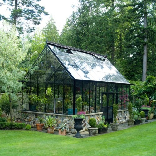 contemporary-greenhouses